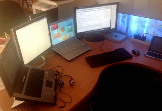 Working with multiple screens increases a software developers productivity